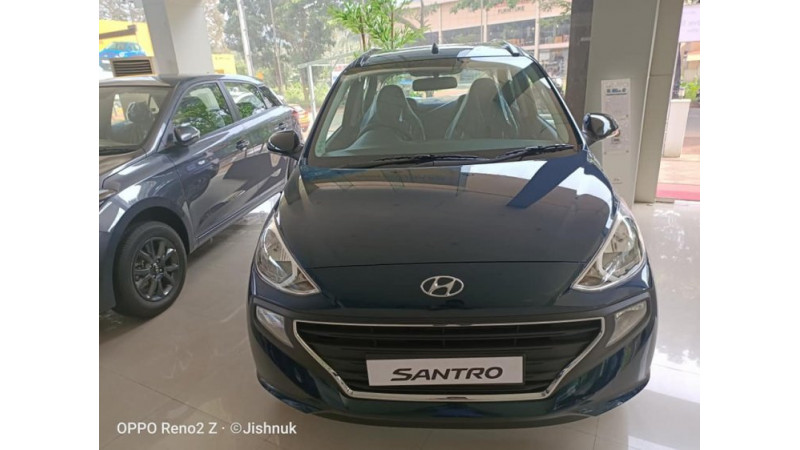 Hyundai Santro Anniversary Edition launched, prices start at Rs 5.16 lakhs